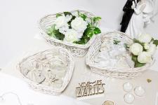 Grand panier coeur en Saule blanc pour vos présentations de gourmandises en location. (x1) REF/EV-337