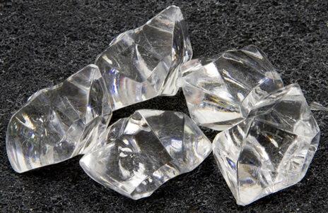 Pierre cristal transparente
