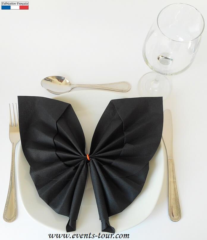 pliage de serviette halloween chauve souris noir ref 10056. Black Bedroom Furniture Sets. Home Design Ideas