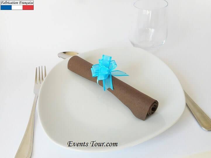 Pliage de serviette chocolat bleu turquoise