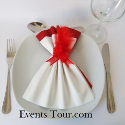 Pliage de serviette Airlaid glamour blanc et rouge (x1) REF/10060
