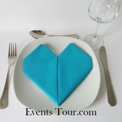 Pliage de serviette mariage coeur bleu turquoise (x1) REF/10040