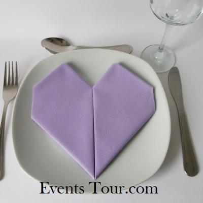 Pliage de serviette mariage coeur parme (x1) REF/10040