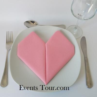Pliage de serviette Airlaid mariage coeur rose (x1) REF/10040