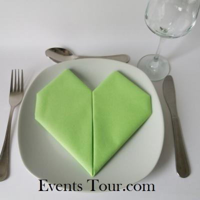 Pliage de serviette mariage coeur vert pomme (x1) REF/10040
