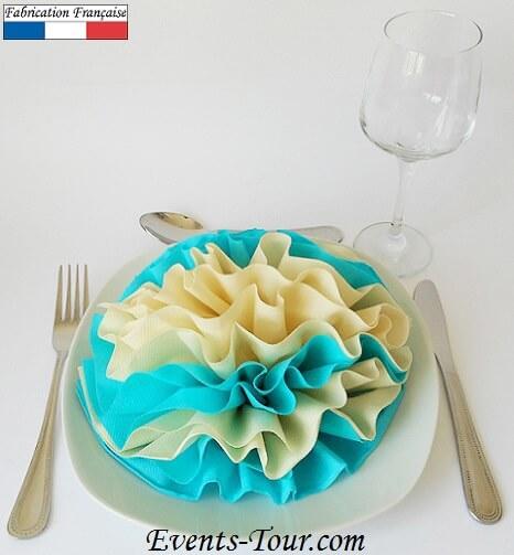 Pliage de serviette pivoine bleu ivoire
