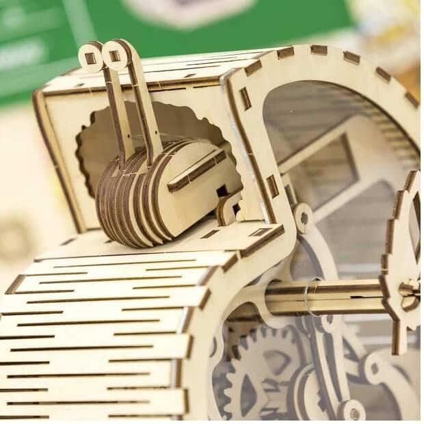 Puzzle 3d en bois mr playwood tirelire escargot