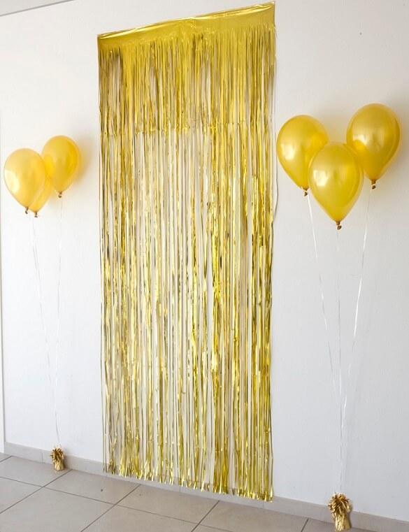 Rideau de porte et jupon de table avec frange or dore