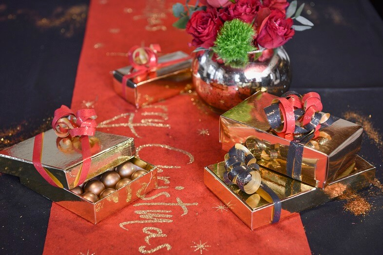 Ruban bolduc festif rouge metallise