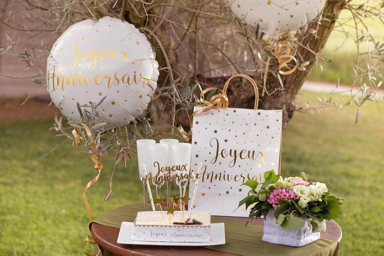 Sachet cadeau anniversaire blanc et or