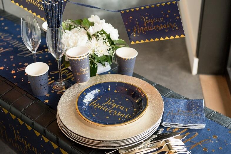 Serviette joyeux anniversaire bleu et or