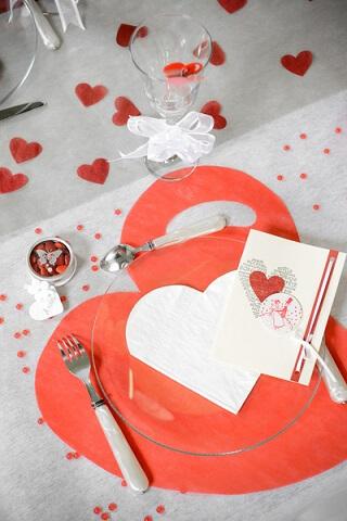 Set de table coeur rouge