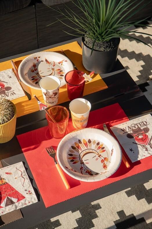 Set de table rouge rectangulaire tissu airlaid