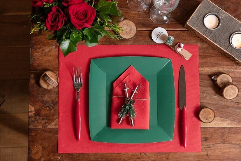 Set de table rouge tissu airlaid