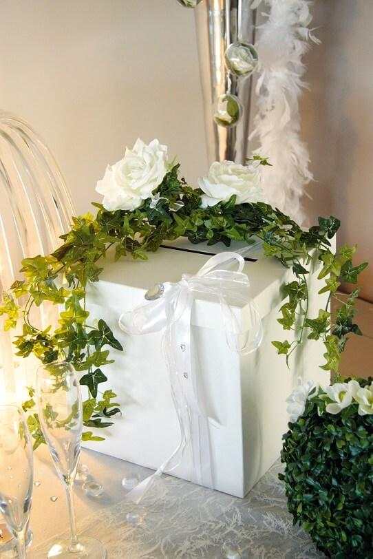 Tirelire mariage blanche 20cm
