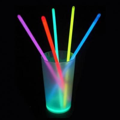 Tube de 15 bracelets lumineux et fluorescents multicolores 20cm (x1) REF/14615