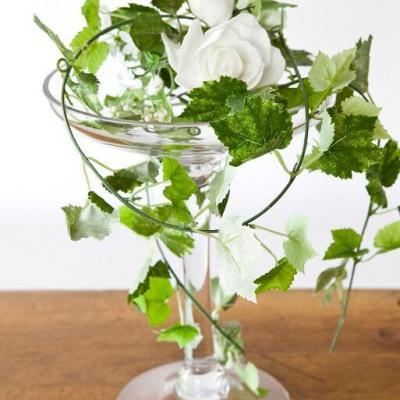 REF/EV-324 / Location d'un vase élégant coupe sur pied en verre de 30cm pour décoration (x1)
